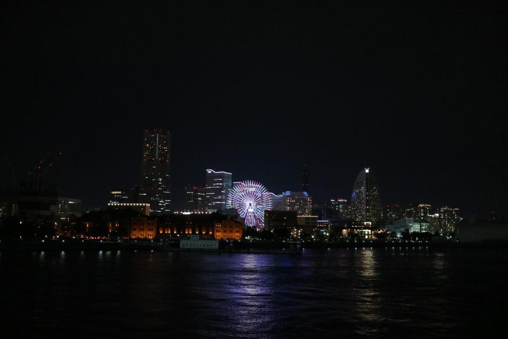 フェリーから見える横浜の夜景