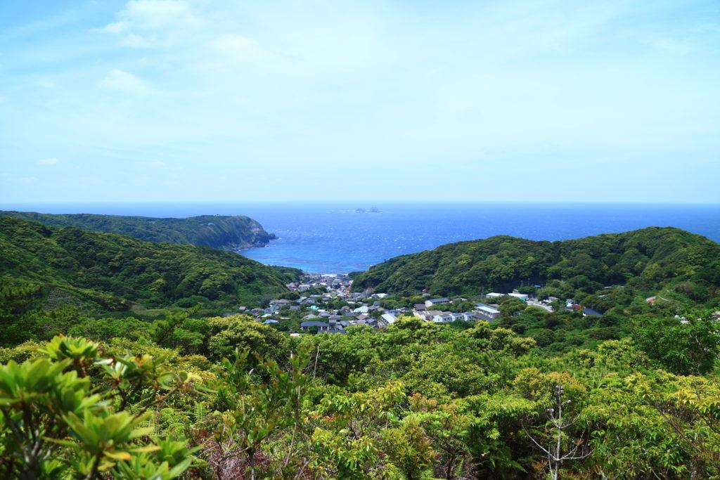 神津島の天上山は気軽に絶景が見れる