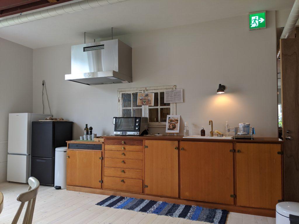 白馬・岩岳の滞在おすすめホテルhaluta hakuba キッチンスペース