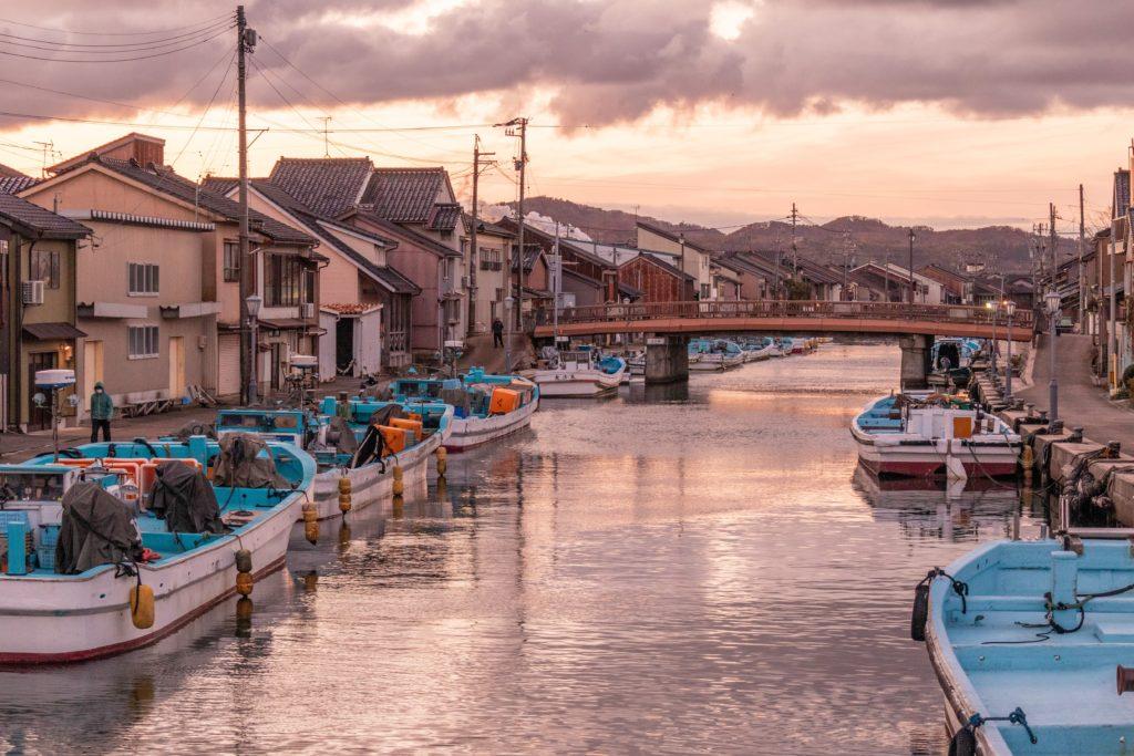 射水市新港の内川エリア日本のベニス