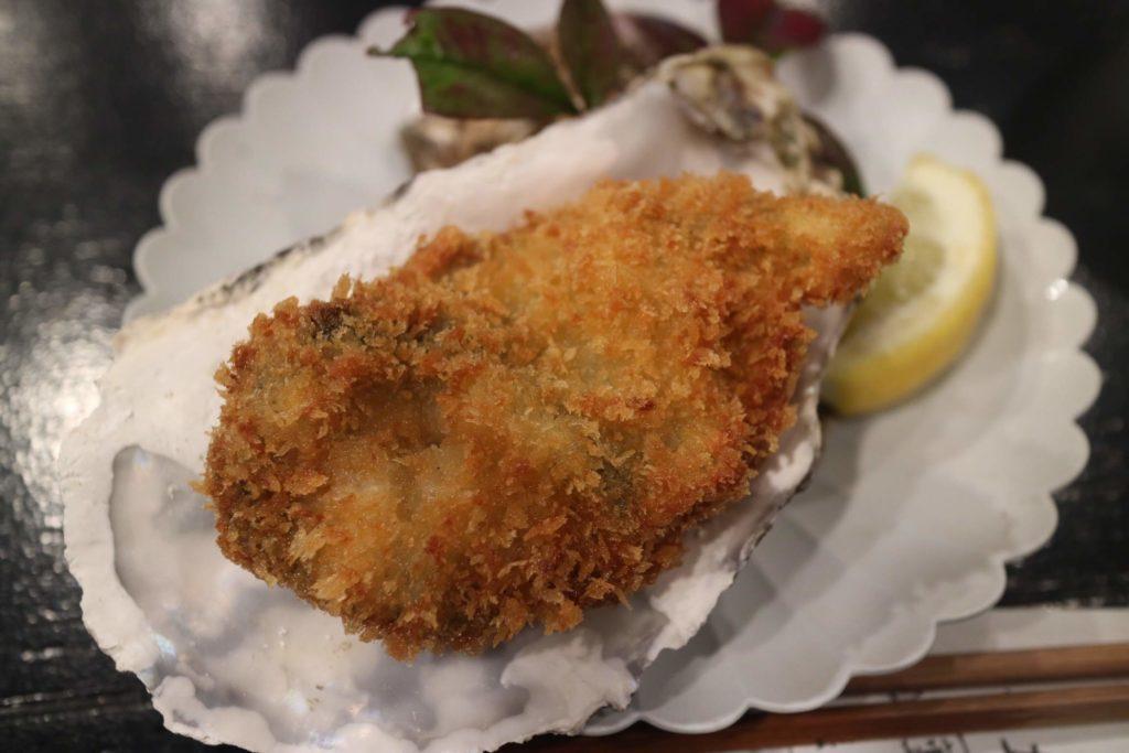 宮島でおすすめの牡蠣屋のカキフライ