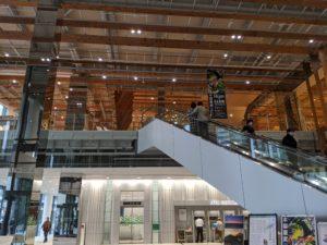 富山のワーケーションスポット富山美術館のFUMUROYA CAFE TOYAMAキラリ