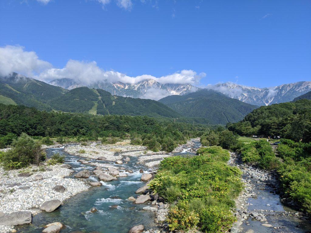 白馬大橋からの北アルプス白馬三山の絶景(夏)