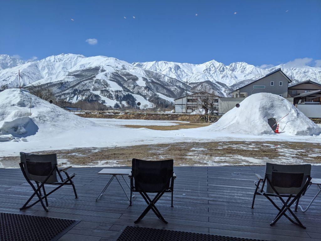 白馬でのノマド・ワーケーションにおすすめのカフェ(スノーピーク スターバックス/STARBUCKS)絶景カフェ