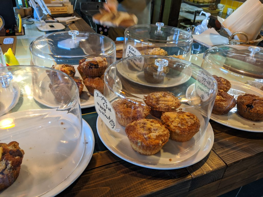 白馬でのノマド・ワーケーションにおすすめのカフェ(sounds like cafe)のマフィン