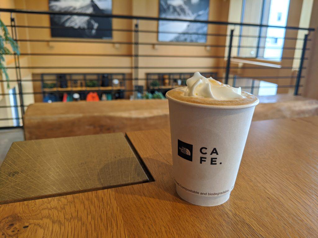 白馬でのノマド・ワーケーションにおすすめのカフェ(THE NORTH FACE CAFE)ジンジャーラテ