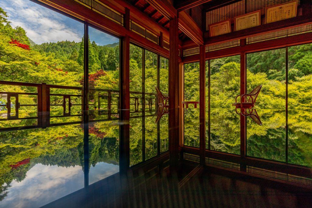 佐賀芸術環境の森「風遊山荘」のリフレクション写真2
